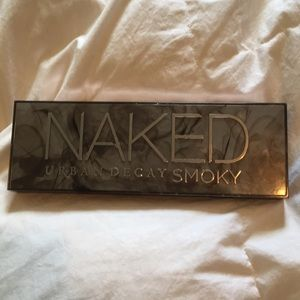 Urban Decay Makeup - Lightly Used Urban Decay Smokey Pallet